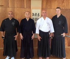Suzuki Sensei après un cours de Iaido